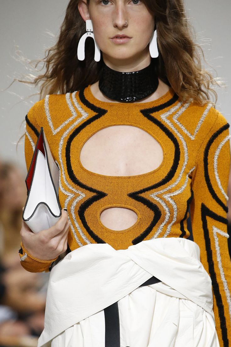 Proenza Schouler Spring 2017 Ready-to-Wear Fashion Show Details