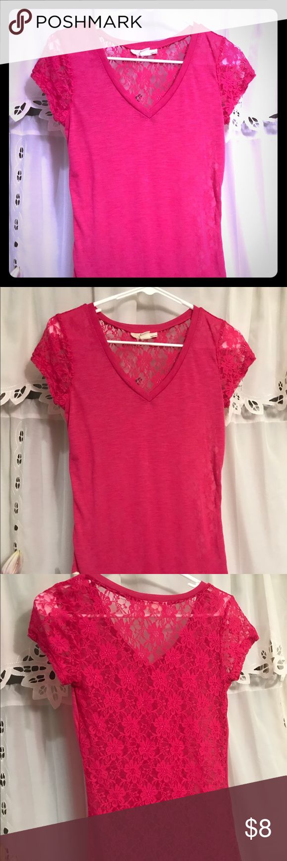 Fuschia v neck lace back tee- charity sale! Derek heart fuschia long v neck tee with sheer / see through lace back. Size juniors medium, sadly way too small for me! Proceeds from this sale will benefit Sisters Strong, a breast cancer support group of the Twin Cities, that I am so thankful for their support for my mother during her battle when I was thousands of miles away. She is now 4 years cancer free! It's never too soon to get checked! Save the ta tas! Derek Heart Tops Tees - Short…