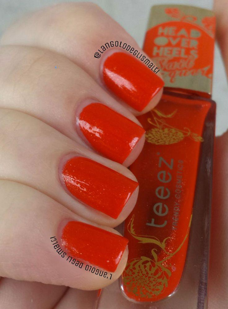 Smalto rosso aranciato Teeez Sunshine  Dust – Review e Swatch