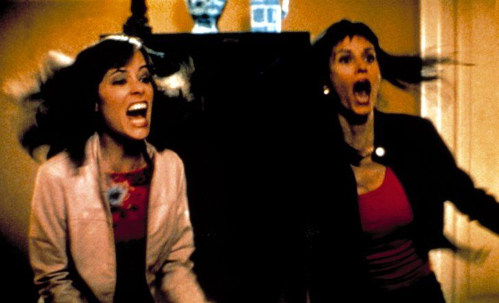 Pin for Later: 24 Memorable Scream Queens of the Big Screen Parker Posey and Courteney Cox Scream, Scream 3