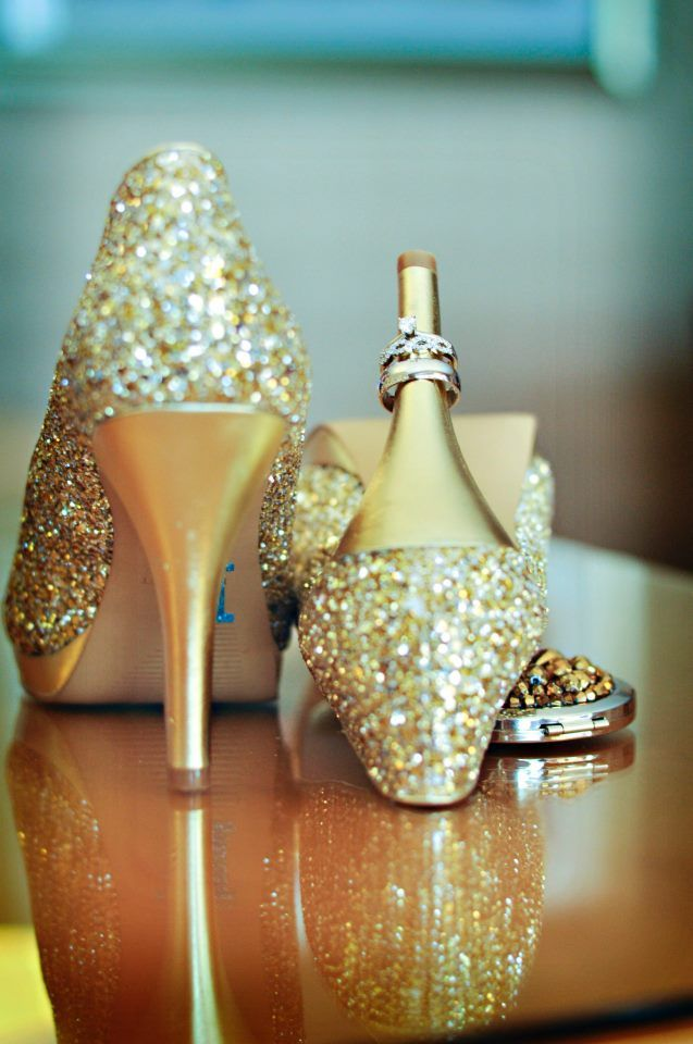 Gold Glitter Bridal Shoes, Nashville Winter Wedding