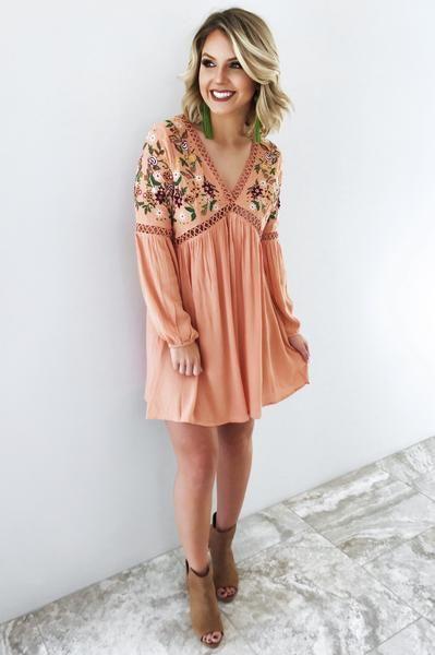 Keep Smiling Dress: Apricot/Multi