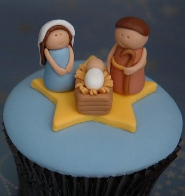 You could make this into a larger cake than a cupcake easily. Nice simple Mary and Joseph to follow.