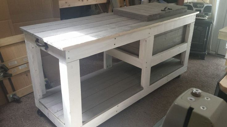 Have You Ever Seen Anyone Do THIS with a Cooler? http://www.hometalk.com/18127134/big-rustic-style-cooler?se=fol_new-20160704-1&date=20160704&slg=9cae164cac1f9ea843f7120f25728b13-1110481