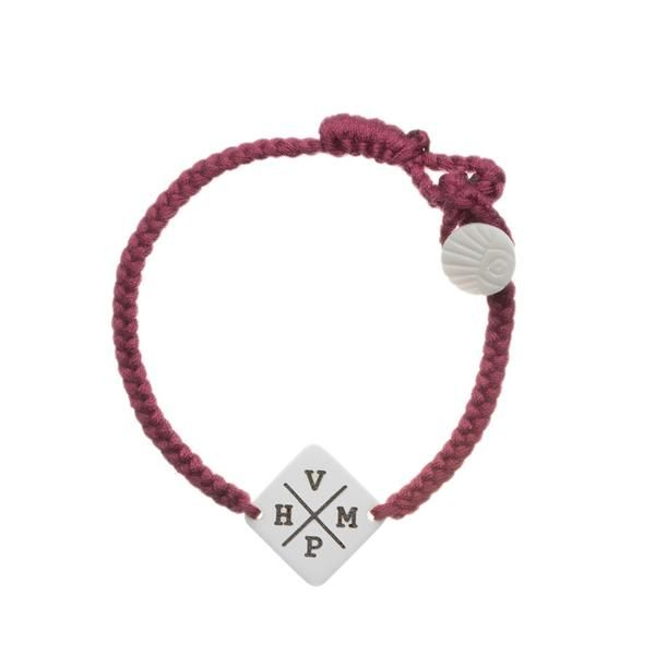 Who is the one person that crossed your path and changed your entire direction?Get both your names initials on our personalized Crossed Paths Initials Bracelet