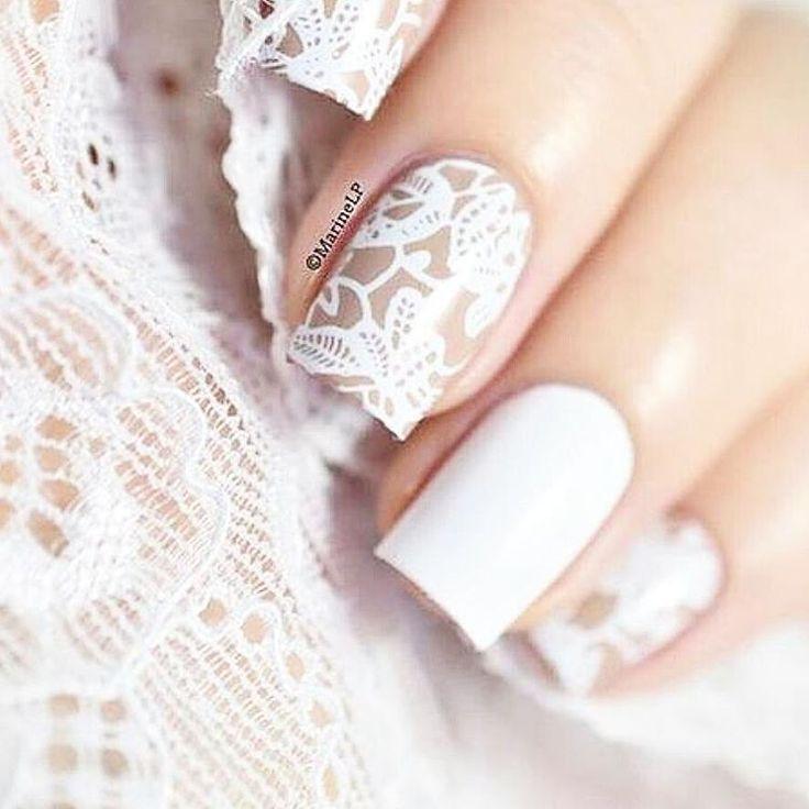 Białe koronki również posiadamy  #paznokcie #nails #nailart #nailsticker  #nailstickers #pazurki #paznokciezelowe #paznokciehybrydowe #semilac #bridenails #whitenails #naklejkiwodne #koronkowepaznokcie #nailspiration #nailspa #nailartwow #polishgirl #polishwomen