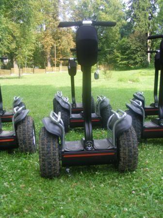 Többféle hosszúságú robway túrák.  http://kalanderdo.hu/