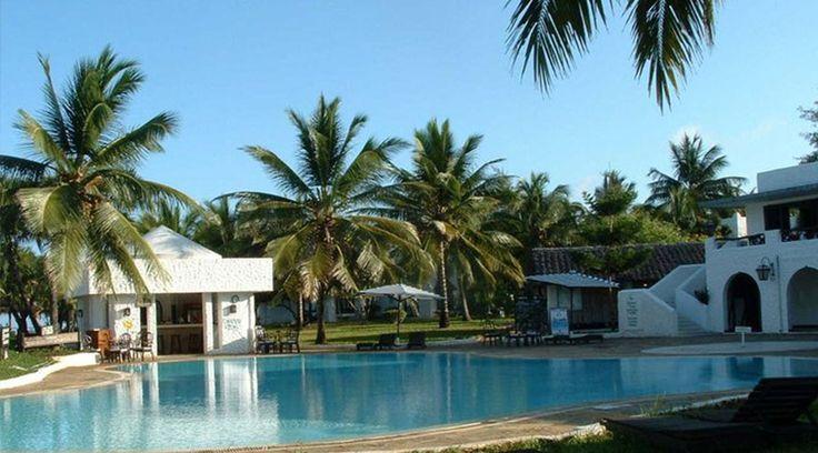 Jacaranda Indian Ocean Beach Resort is set along Diani Beach, The resort has with minibars, tea and coffee making facilities and verandas facing the Indian Ocean.