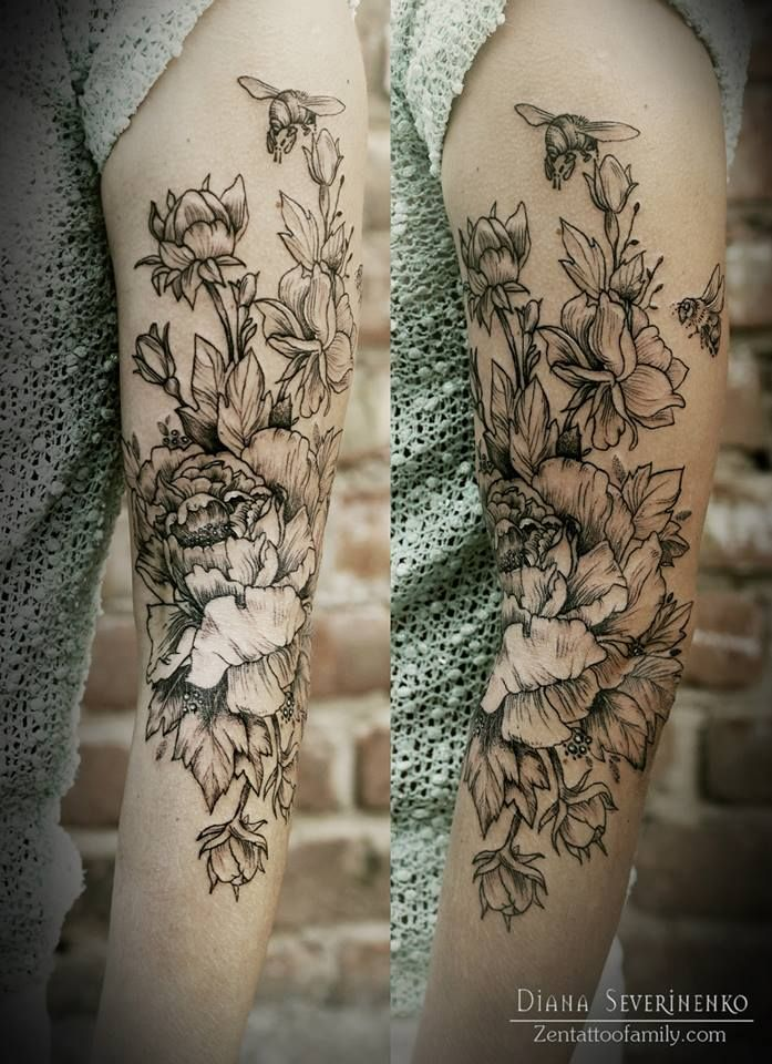 Diana Severinenko another gorgeous floral tattoo!