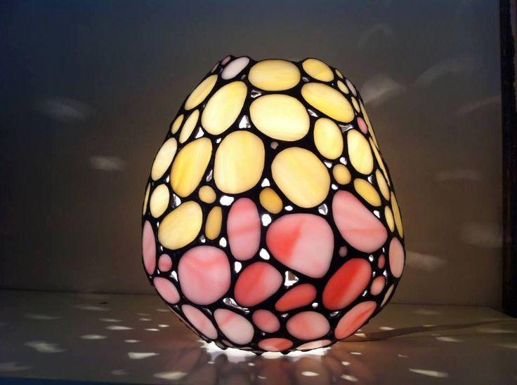 De fineste glaslamper af eget design og produktion fra Aicha. Kig også forbi og se de fine julevarer.