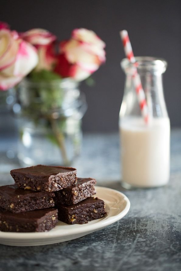 Two-Layer Raw Chocolate Brownies Vegan, gluten-free, grain-free, no bake/raw, refined sugar-free, soy-free