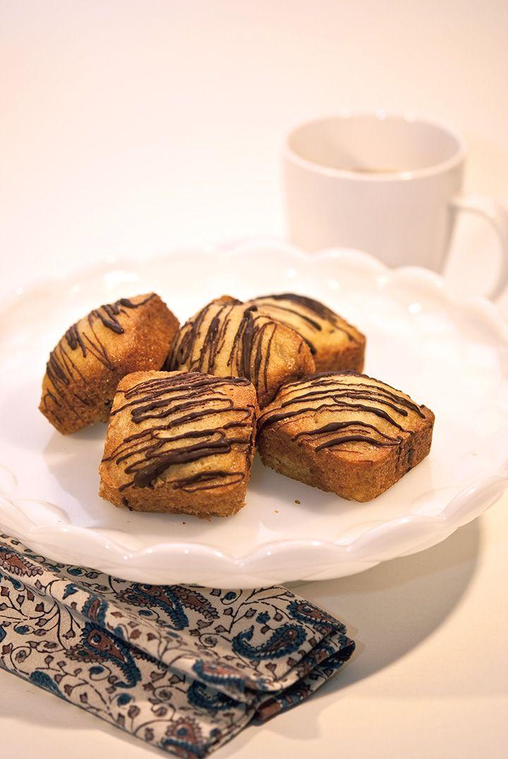 Chocolate Zucchini Bread: Zucchini Bread