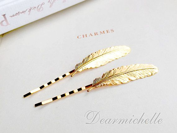 Hey, I found this really awesome Etsy listing at https://www.etsy.com/listing/229836054/vintage-gold-feather-hair-clip-woodland