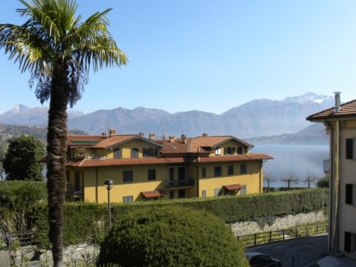 This apartment on Como Lake is waiting for your next vacation.