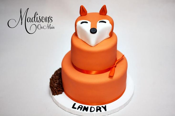 Landry's favorite toy is his pet Fox, so I used him as inspiration for his birthday cake!  So fun to create!