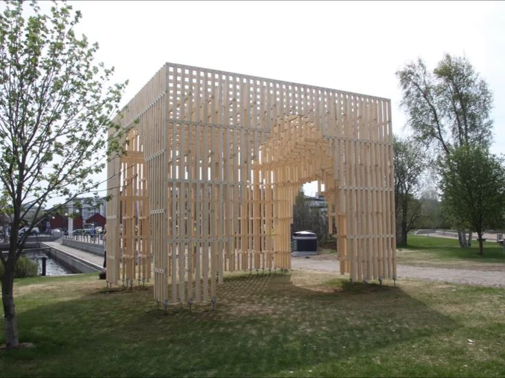 Construction of the HILA pavilion on Vimeo