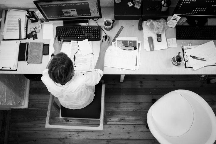 Você finalmente se convenceu de que é importante criar um site para divulgar seus produtos ou serviços e fortalecer a sua marca. A questão agora é: por onde começar? Afinal, este universo deve ser completamente desconhecido para você. #BlogdoNeozinho