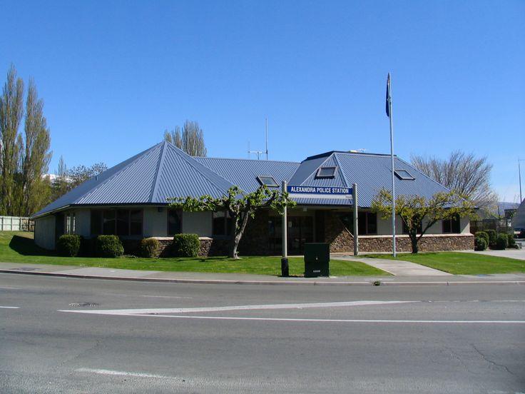 Alexandra, New Zealand   Description Alexandra, New Zealand police station.jpg