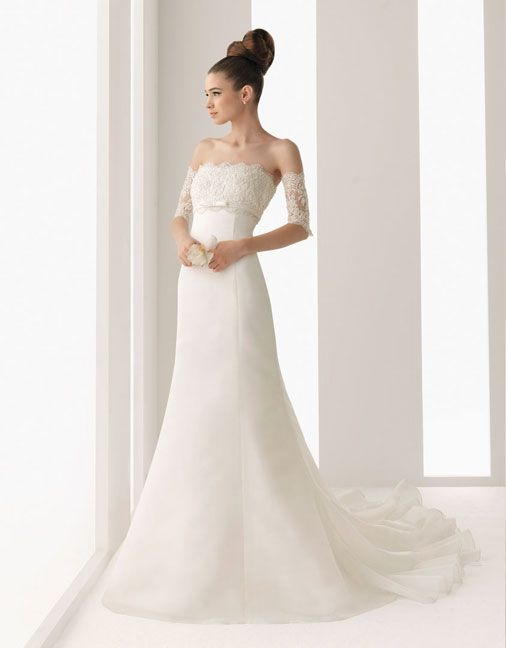 A-line floor length organza bridal gown with appliques embellishment