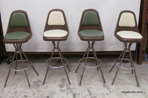 Mid Century Modern Bar Stools in 17 Brook St, Staten Island, NY 10301, USA ~ Apartment Therapy Classifieds