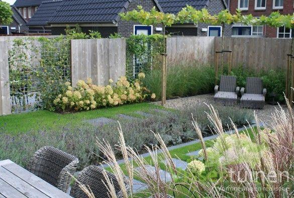 25 beste idee n over tuin hekken op pinterest omheining tuin afscheiding en kip hek - Kleine designtuin ...