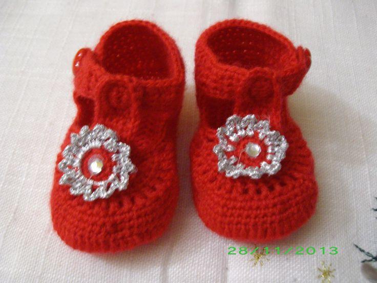 scarpine baby chic rossi in lana all'uncinetto euro 15.00