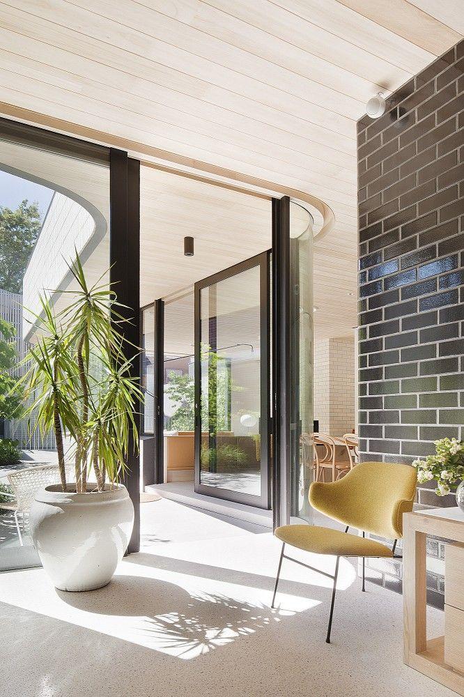 Brick House / Clare Cousins Architects