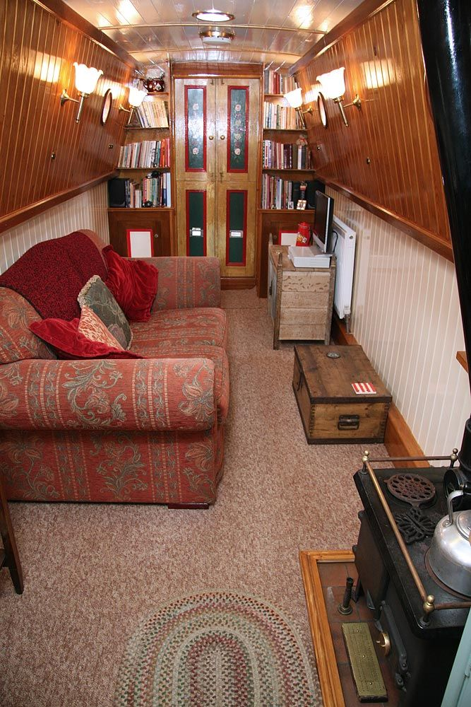 Love how homely this narrowboat interior looks