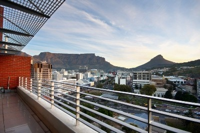 This magnificent De Waterkant penthouse boasts 3 levels of designer living space. Not a cent has been spared in the luxurious finishes & views from every level are truly breathtaking!