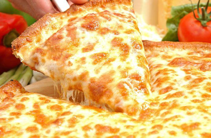 cheesy pizza love it