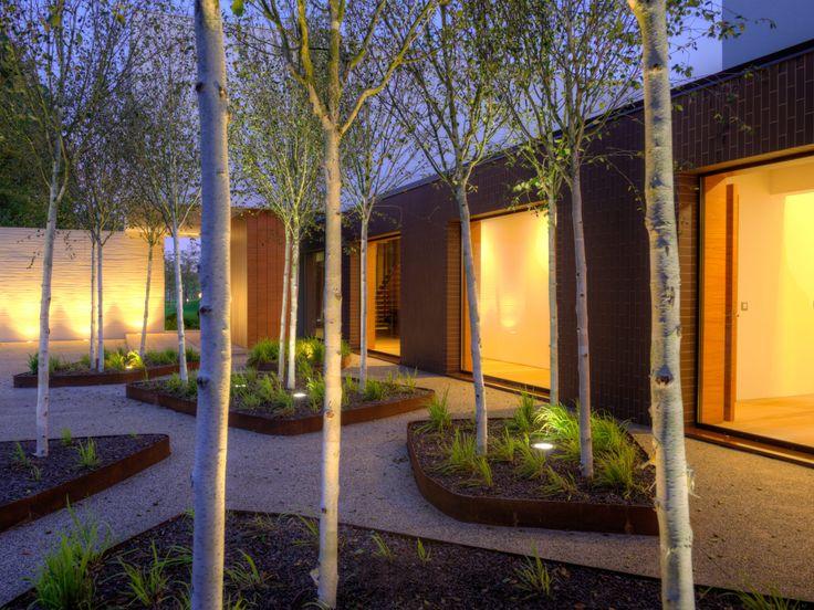 Sassoitalia® Ideal Work: un effetto naturale che consente un'armoniosa integrazione con il paesaggio. #landscape #casedasogno #landscapedesign #villa #atmosfera
