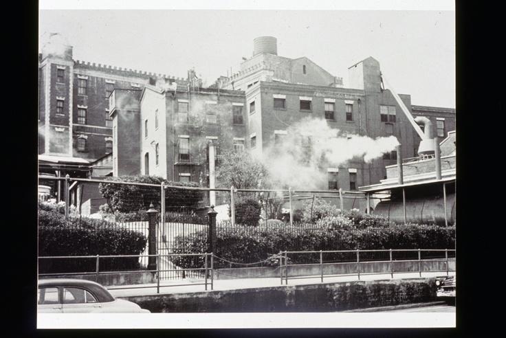 Historic Chocolate Factory - San Francisco's Ghirardelli Square