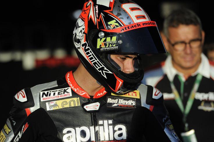 #JerezWorldSBK #aprilia #bearacer #Superbike #race #moto #bike #WSBK2015 #WSBK15 #apriliaracingteam