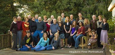 Large Family Pose: Pictures Ideas, Photography Families, Kazoo Photography, Families Photography, Commercial Families, Large Families Poses, Families Portraits, Group Photo, Photography Ideas