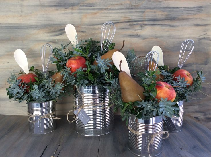 For the Shepparton Arts Festival Pop Up Club, apples and pear centrepieces.