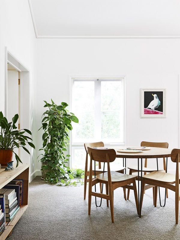 The East Melbourne apartment of artists Rowena Martinich and her husband Geoffrey Carran. Photo - Eve Wilson. Production – Lucy Feagins / The Design Files.