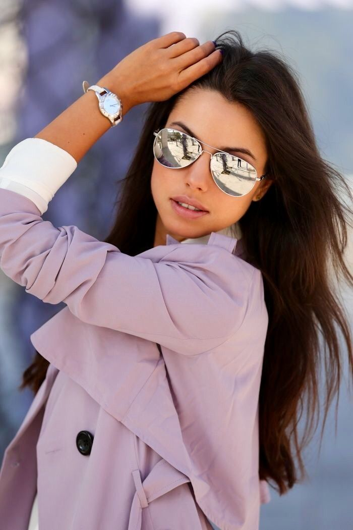 ray ban silver metal polarized aviator sunglasses  our sunglasses feature uv, lens technology. for adequate protection experts suggest sunglasses that reflect/filter out of uva and uvb light,