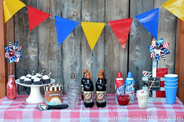 Give your guests an easy way to cool down at your next summer BBQ with a root beer float table. #IceCreamFloat #shop #cbias