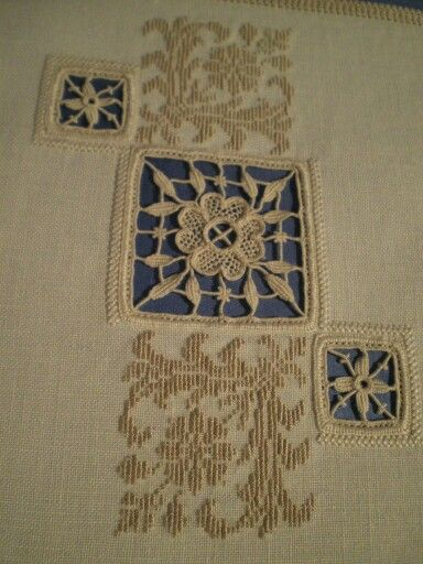 Aemilia Ars needle lace, from a first course sampler by Daniella Lab, Bolsena.