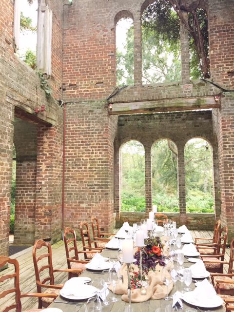 Dinner in the Barnsley Gardens Ruins.... Okay Alicia!  This is so pretty and rustic.  Not country but classy.