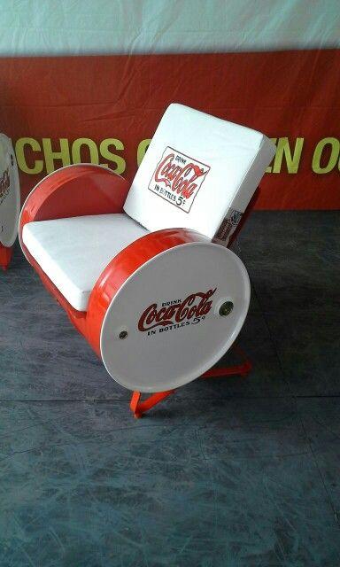 Muebles con barriles metalicos