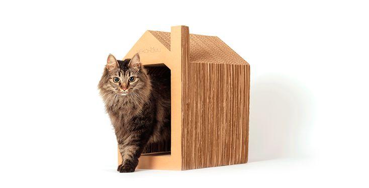 HOY ES EL DÍA - Rascador con forma de casa para gatos de la marca Nekohomu
