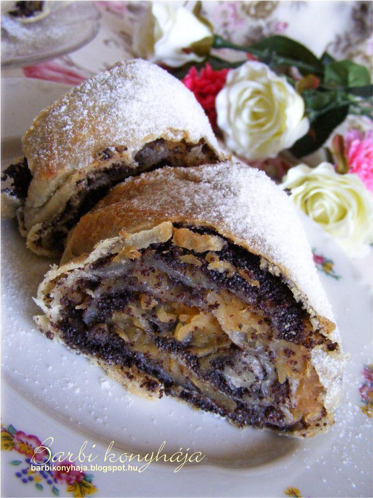 Barbi konyhája: Almás-mákos és túrós rétes Zsanuáriától ♥