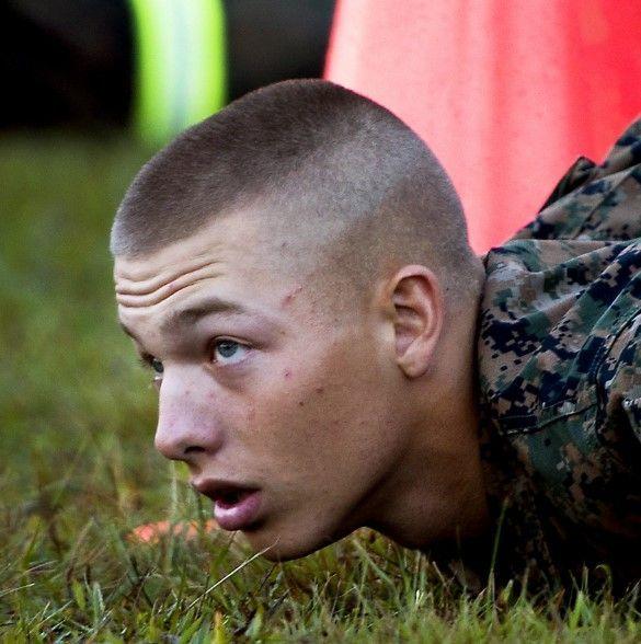 1000 Armee Haarschnitte New Site Armee Haarschnitt Haarschnitt Haarschnitt Manner
