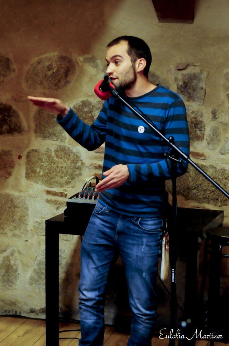 Gonzalo C. Megías en Sesiones golfas con cuentos en el Restaurante La Bruja - 21 Marzo - Fotografía de Eulalia Martínez