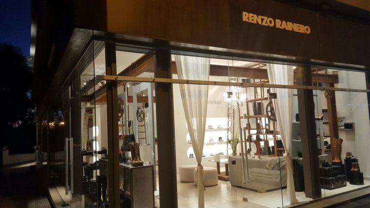 #WeAreOpen #NewStore Nueva sucursal #RenzoRainero en el Cerro de Las Rosas José Luis de Tejeda 4111.
