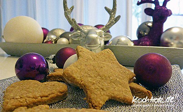 Diese Cookies kann man das ganze Jahr über backen, den Teig kann man ausstechen oder einfach ein Rolle herstellen und runde Scheibchen abschneiden und diese dann backen. Die Backzeit bleibt immer g...