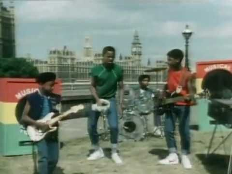 Musical Youth - Pass the dutchie + Lyrics (HD) - YouTube