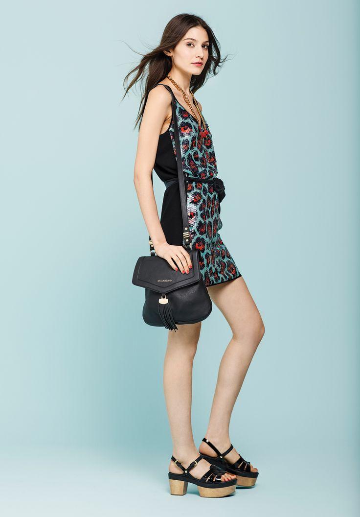 vestido pardo. collar bebel. bandolero veloso. plataforma gilberto.  http://estore.vitamina.com.ar/lookbook/look-28.html