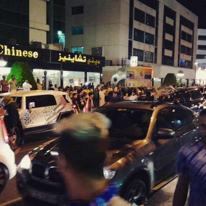 Celebrating UAE National Day with Rest of the World. #streetfun #Dubai #uae #india #jumeirah #arabfood #watergun #balloons #foam #lolsurprise